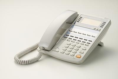 365日24時間体制で電話による相談窓口を設けております